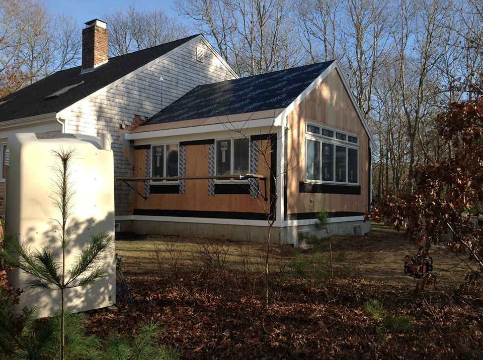 18 x 20 Roofing, siding, window and trim replacement in Sandwich